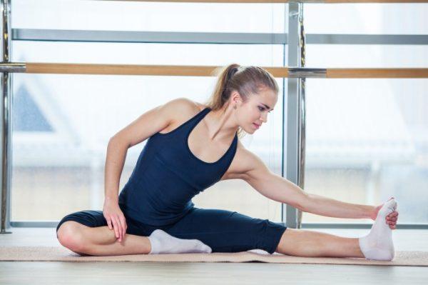 Pilates-dlya-nachinayushhix-v-domashnix-usloviyax-video_03-600x399.jpg